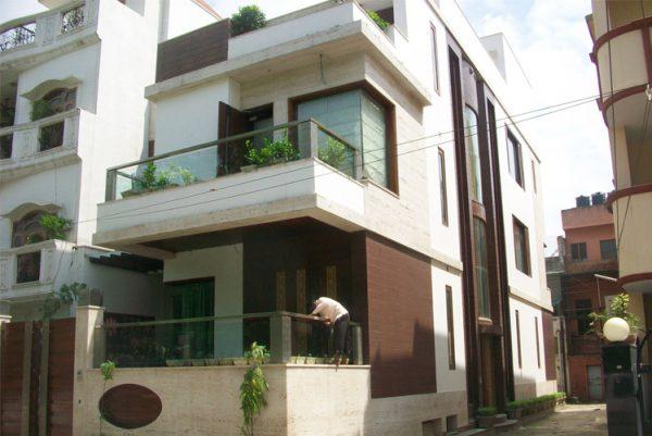 Interior & exterior complete at Ashok Vihar Phase I – 10,000 sqft